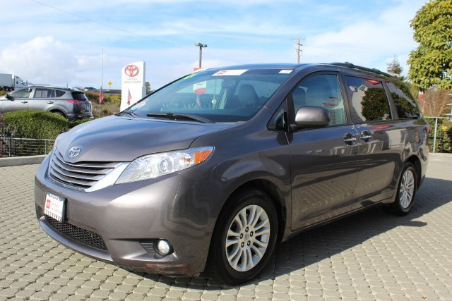 Used 2017 Toyota Sienna in Albany, CA