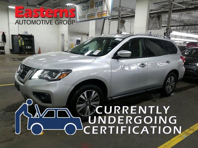2017 Nissan Pathfinder SV Sport Utility