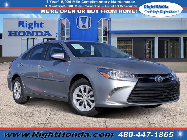 2017 Toyota Camry LE LE Auto Regular Unleaded I-4 2.5 L/152 [11]