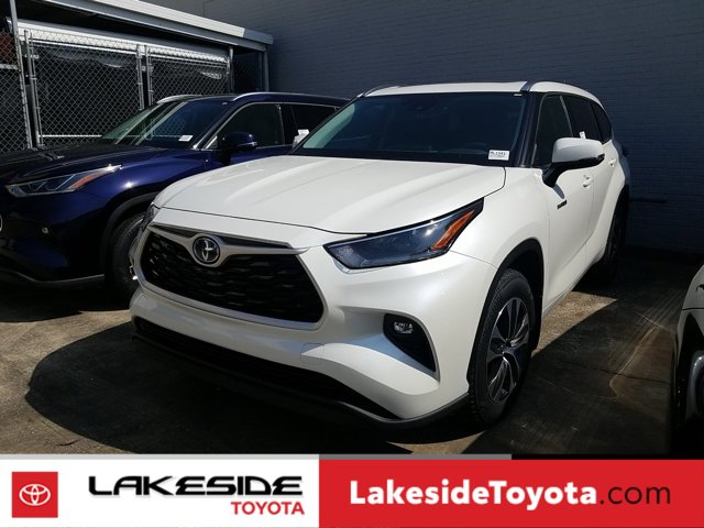 New 2021 Toyota Highlander Hybrid in Metairie, LA