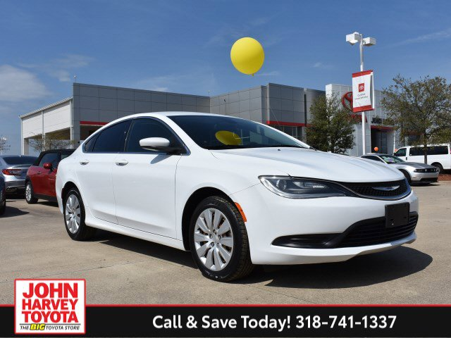 Used 2015 Chrysler 200 in Bossier City, LA
