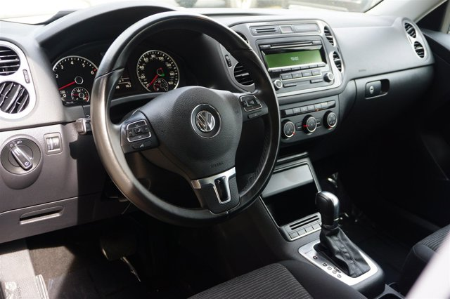 Used 2014 Volkswagen Tiguan 4MOTION 4dr Auto S