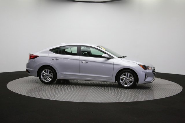 2019 Hyundai Elantra for sale 124300 41