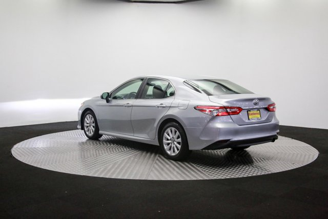 2018 Toyota Camry for sale 121811 58