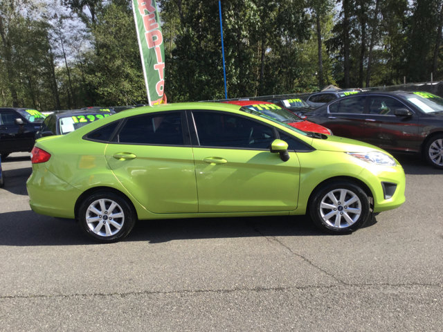 Used 2012 Ford Fiesta 4dr Sdn SE