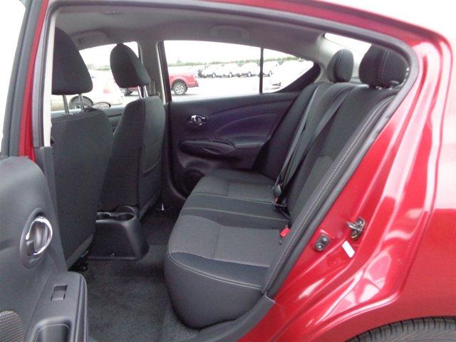 New 2017 Nissan Versa Sedan SV CVT