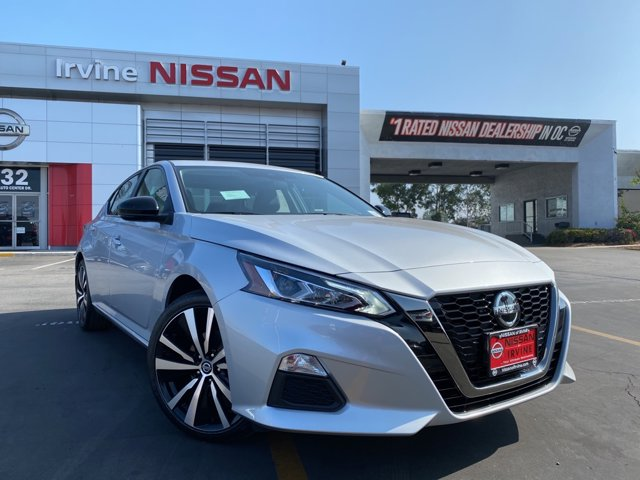2020 Nissan Altima 2.5 SR 2.5 SR Sedan Regular Unleaded I-4 2.5 L/152 [10]