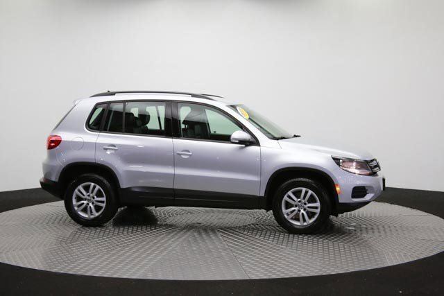 2017 Volkswagen Tiguan for sale 122838 39