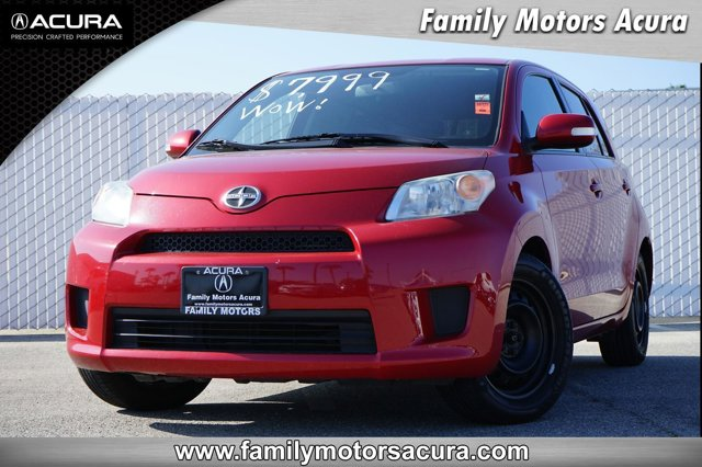 Used 2013 Scion xD in , CA