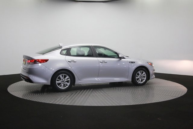 2016 Kia Optima for sale 121747 38