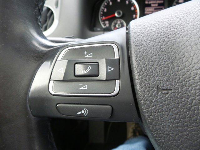 Used 2012 Volkswagen Tiguan 4WD 4dr Auto SE