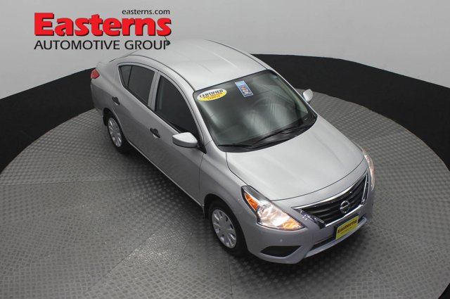 2019 Nissan Versa S Manual 4dr Car