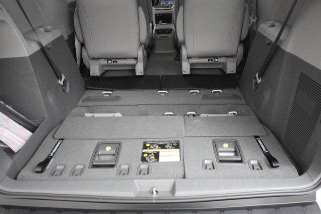 New 2019 Toyota Sienna XLE Premium AWD 7-Passenger
