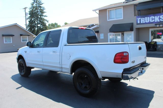 Used 2002 Ford F-150 XLT 4dr SuperCrew 4WD Styleside SB