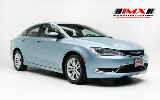2015 Chrysler 200 Limited 4dr Sdn Limited FWD Regular Unleaded I-4 2.4 L/144 [2]