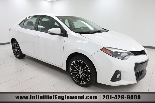 2016 Toyota Corolla L  Regular Unleaded I-4 1.8 L/110 [17]