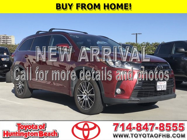 2017 Toyota Highlander SE SE V6 FWD Regular Unleaded V-6 3.5 L/211 [3]