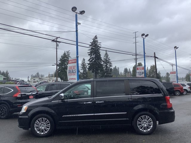 2015 Chrysler Town and Country 4dr Wgn Touring-L