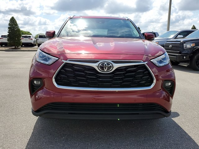 New 2020 Toyota Highlander in Fort Worth, TX