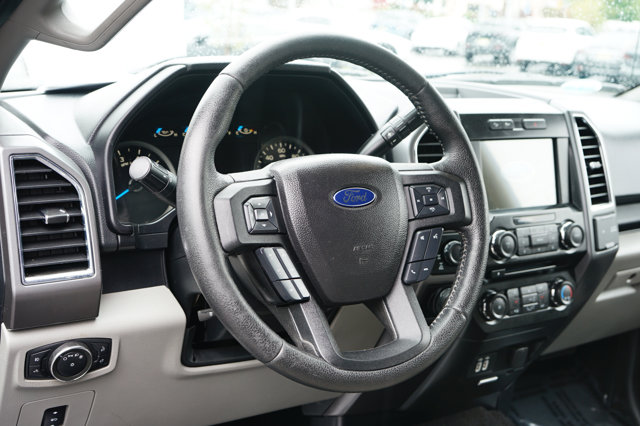 Used 2016 Ford F-150 XLT Crew Cab Pickup