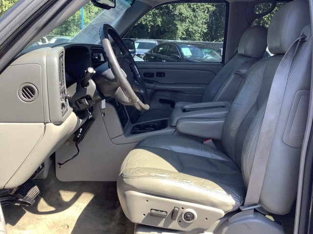 Used 2004 Chevrolet Tahoe Special Service Veh 4dr 1500 4WD LT
