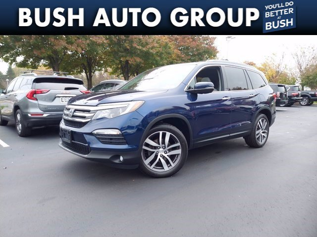 2016 Honda Pilot Touring AWD 4dr Touring w/RES & Navi Regular Unleaded V-6 3.5 L/212 [1]