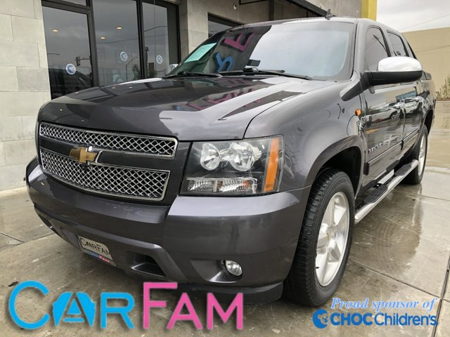 Used 2010 Chevrolet Avalanche in Rialto, CA
