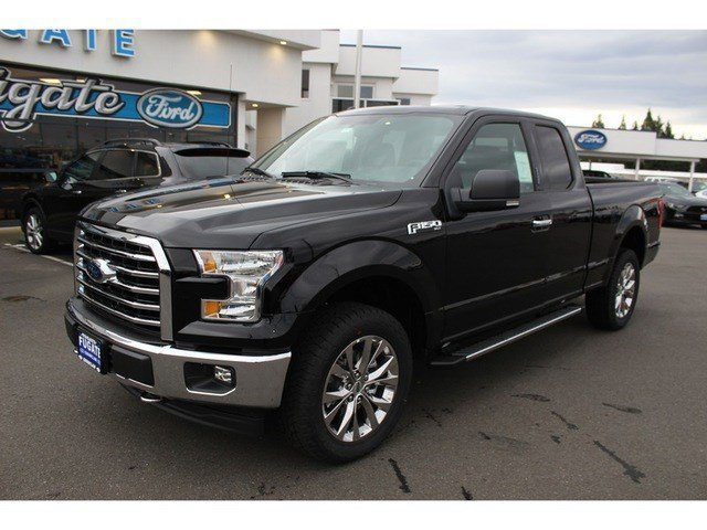 New 2017 Ford F-150 4WD Box