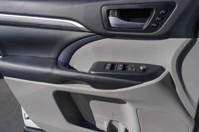 Used 2018 Toyota Highlander Limited V6 AWD