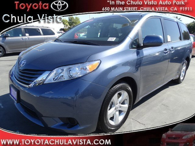 New 2017 Toyota Sienna LE FWD 8-Passenger