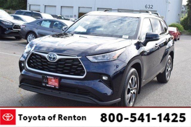 New 2020 Toyota Highlander Hybrid in Renton, WA