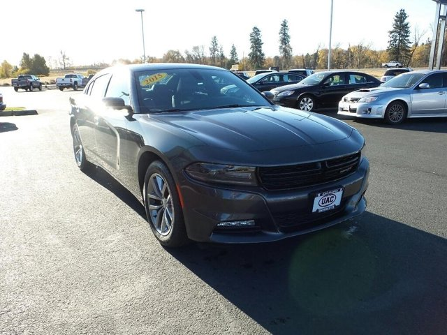 2015 Dodge Charger 4dr Sdn SXT RWD