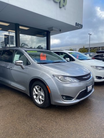 Used 2020 Chrysler Pacifica in San Diego, CA