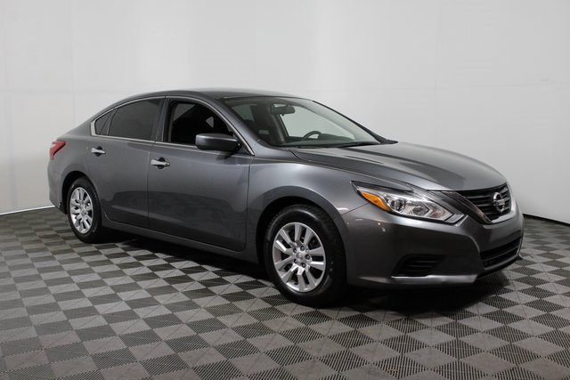 Used 2016 Nissan Altima in Lake City, FL