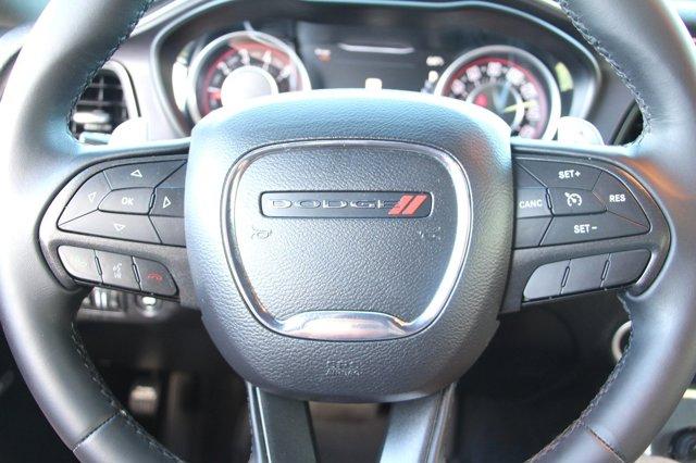 2016 Dodge Challenger R/T 23