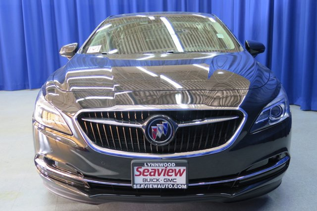 New 2017 Buick LaCrosse 4dr Sdn Premium FWD