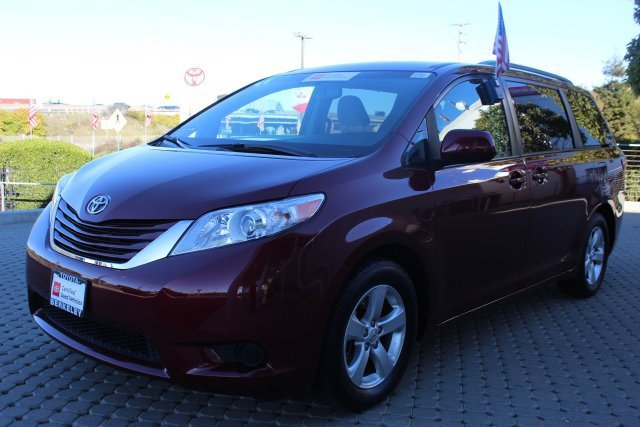 Used 2017 Toyota Sienna in Berkeley, CA
