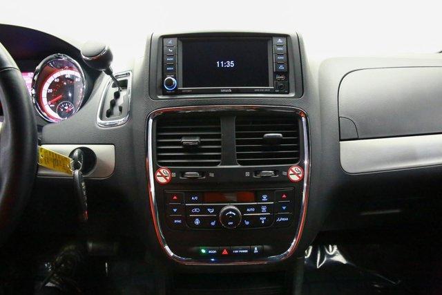 2018 Dodge Grand Caravan for sale 121348 10