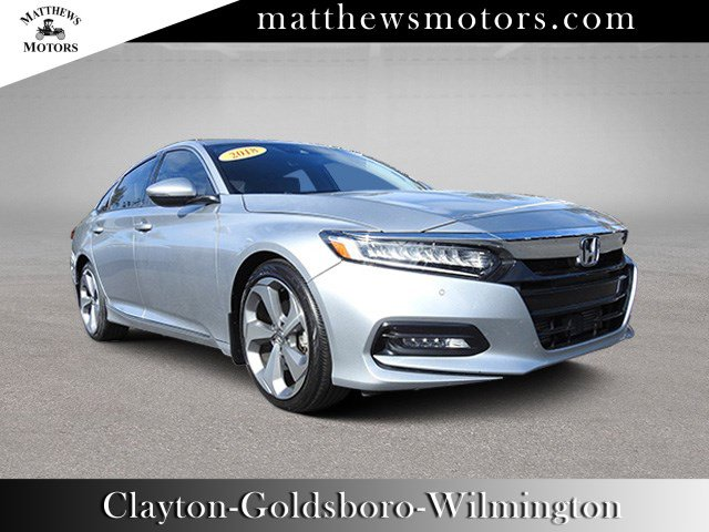 2018 Honda Accord Sedan Touring 1.5T w/ Nav & Sunroof