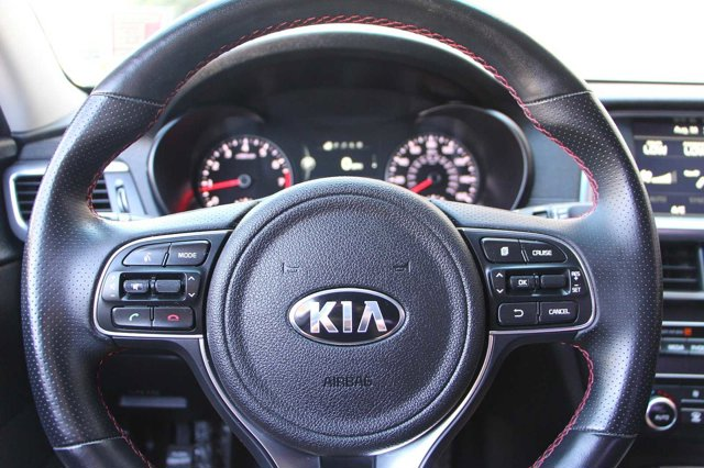 2016 Kia Optima SX Turbo 28