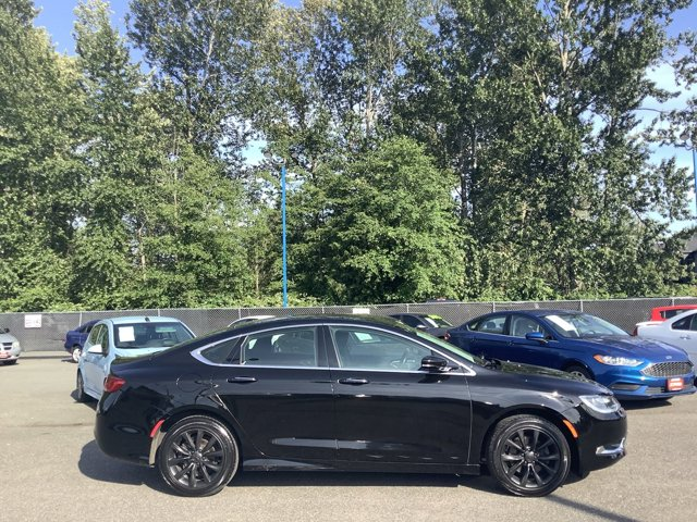 Used 2015 Chrysler 200 4dr Sdn C FWD