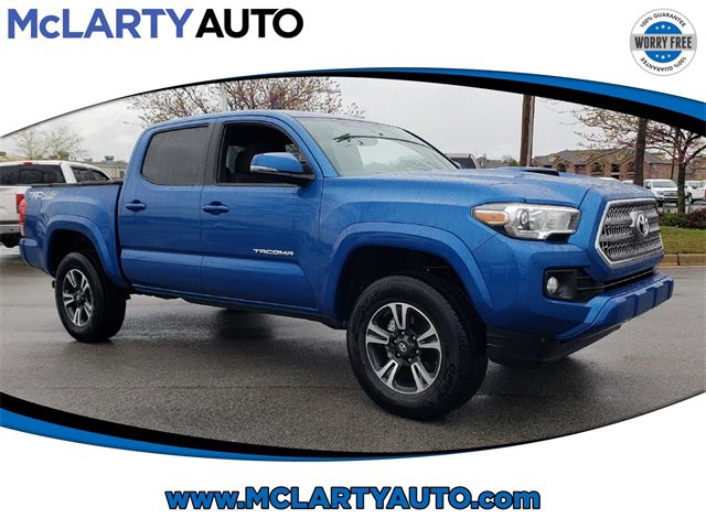 Used 2017 Toyota Tacoma in North Little Rock, AR