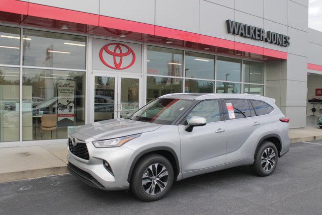 New 2020 Toyota Highlander in Waycross, GA