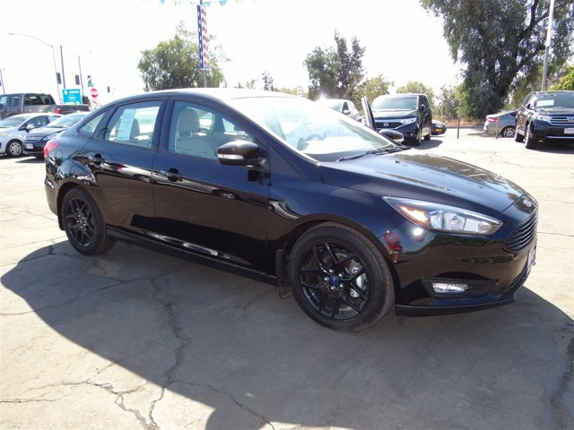 New 2016 Ford Focus 4dr Sdn SE
