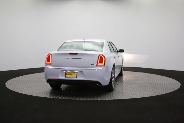 2019 Chrysler 300 for sale 122416 33