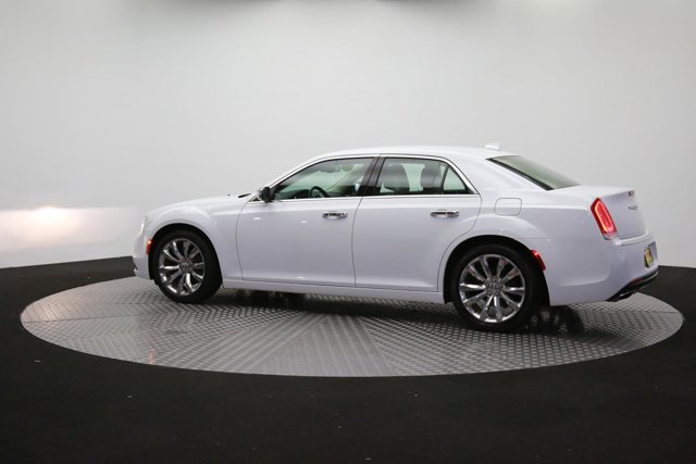 2019 Chrysler 300 122416 57