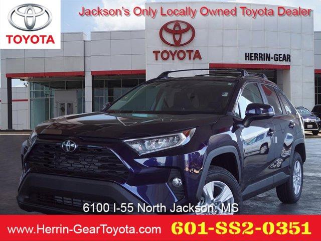 New 2019 Toyota RAV4 in Jackson, MS