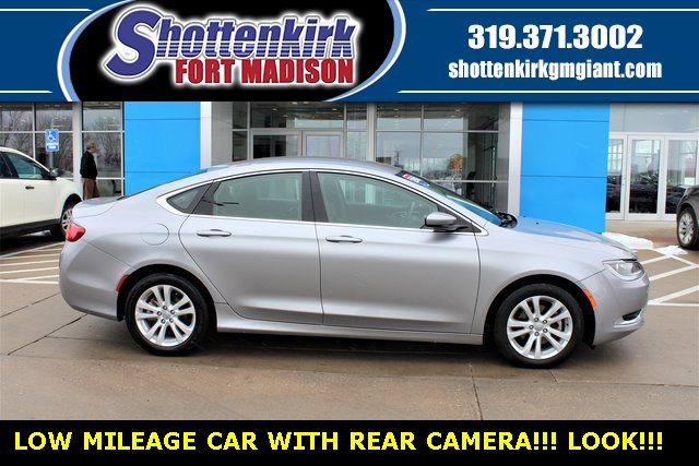 Used 2016 Chrysler 200 in Fort Madison, IA