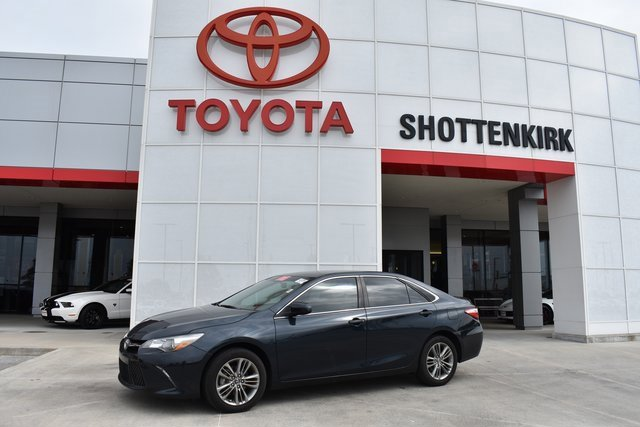 Used 2017 Toyota Camry in Quincy, IL