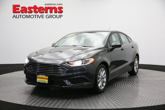 2017 Ford Fusion SE 4dr Car